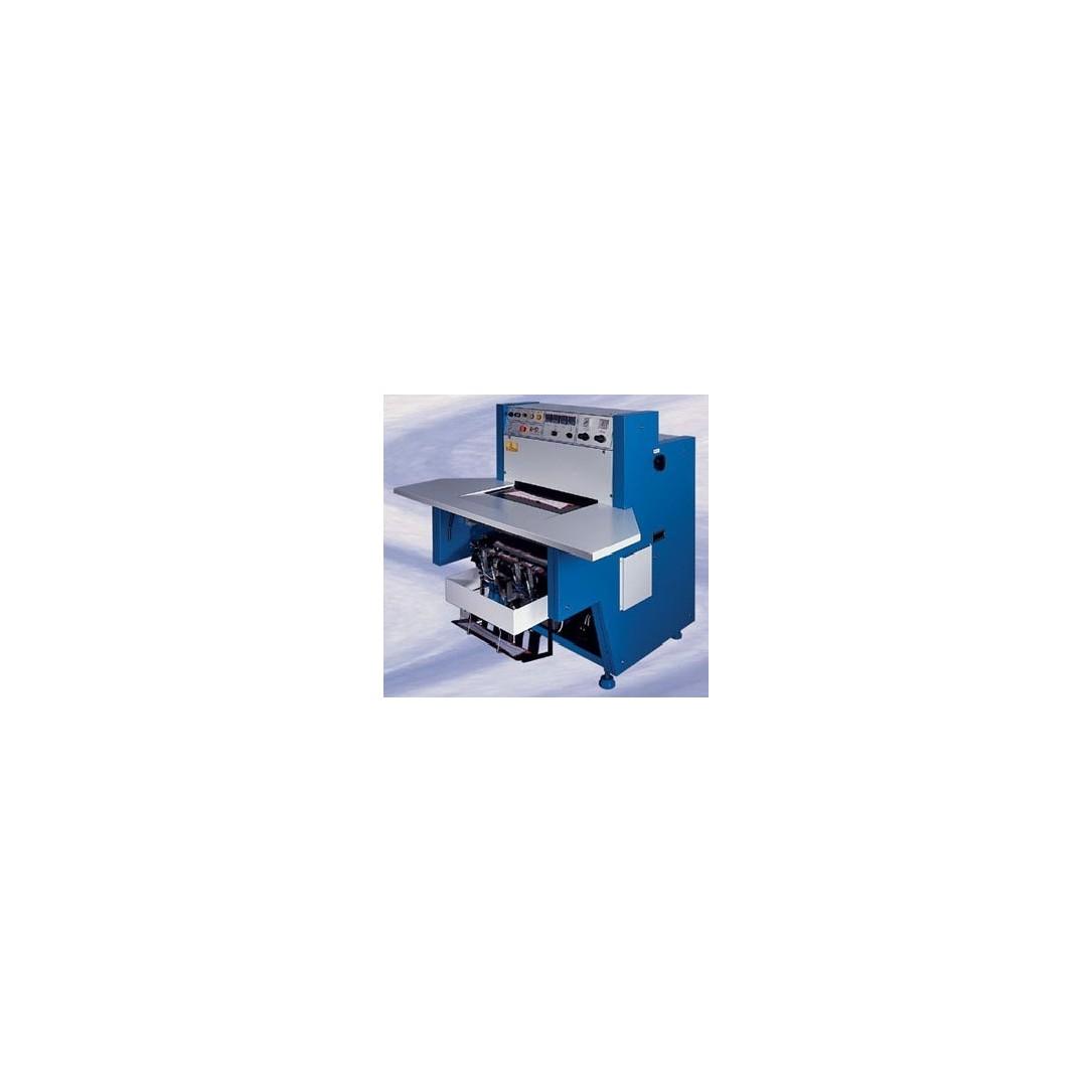 Pressa adesivatrice per camiceria Mod.PR4